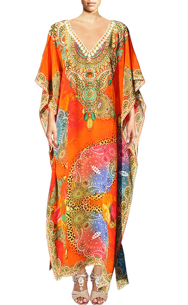 Kaftan bright arabesque flowers. Elegance