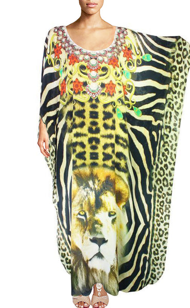 Kaftan crowned with royal jewels. King of Africa