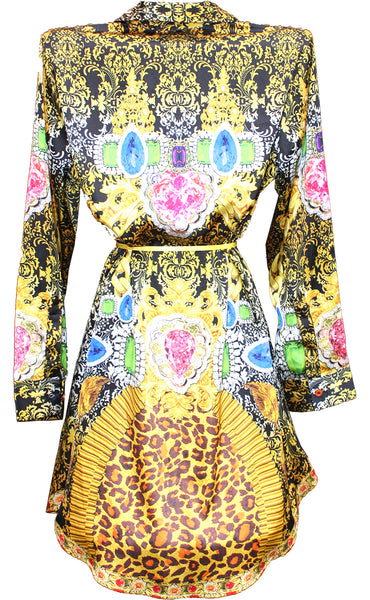 Kimono jacket in satin. Royalty gold
