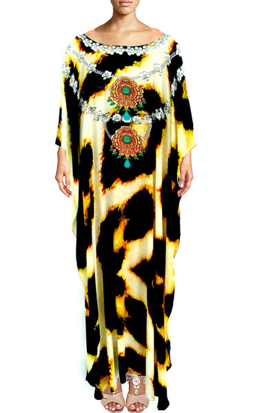 Kaftan leopard fur jeweled necklace. Sahara