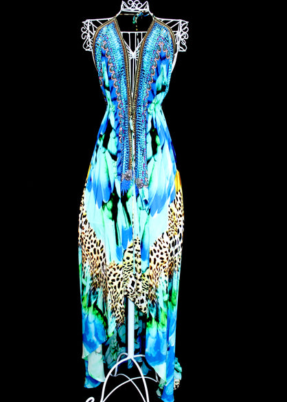 dress in silk feathers print. Cote d'azur