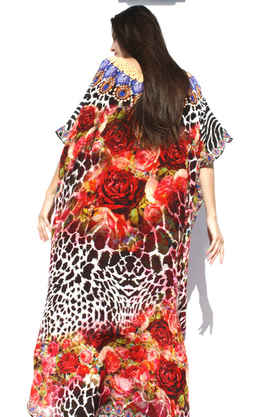 Kaftan. Garden of red roses