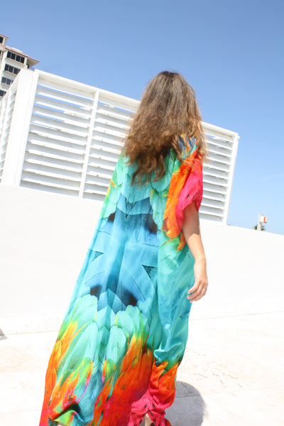 kaftan Magnificent Feather colorful feathers. Flamingo