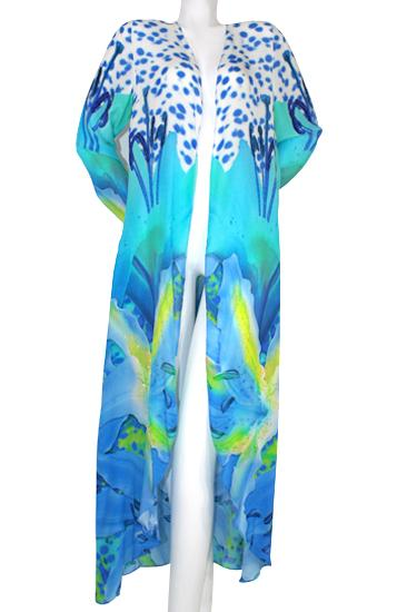 Cardigan radiant petals and blue irises. French Lover