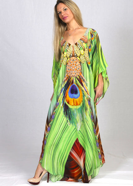 Kaftan in silk. French Caribbean red