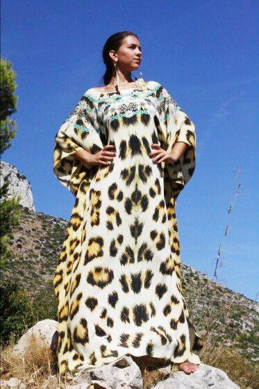 Kaftan leopard fur necklace. Kenya