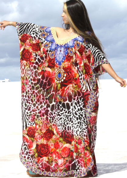 Kaftan. Exotic red roses