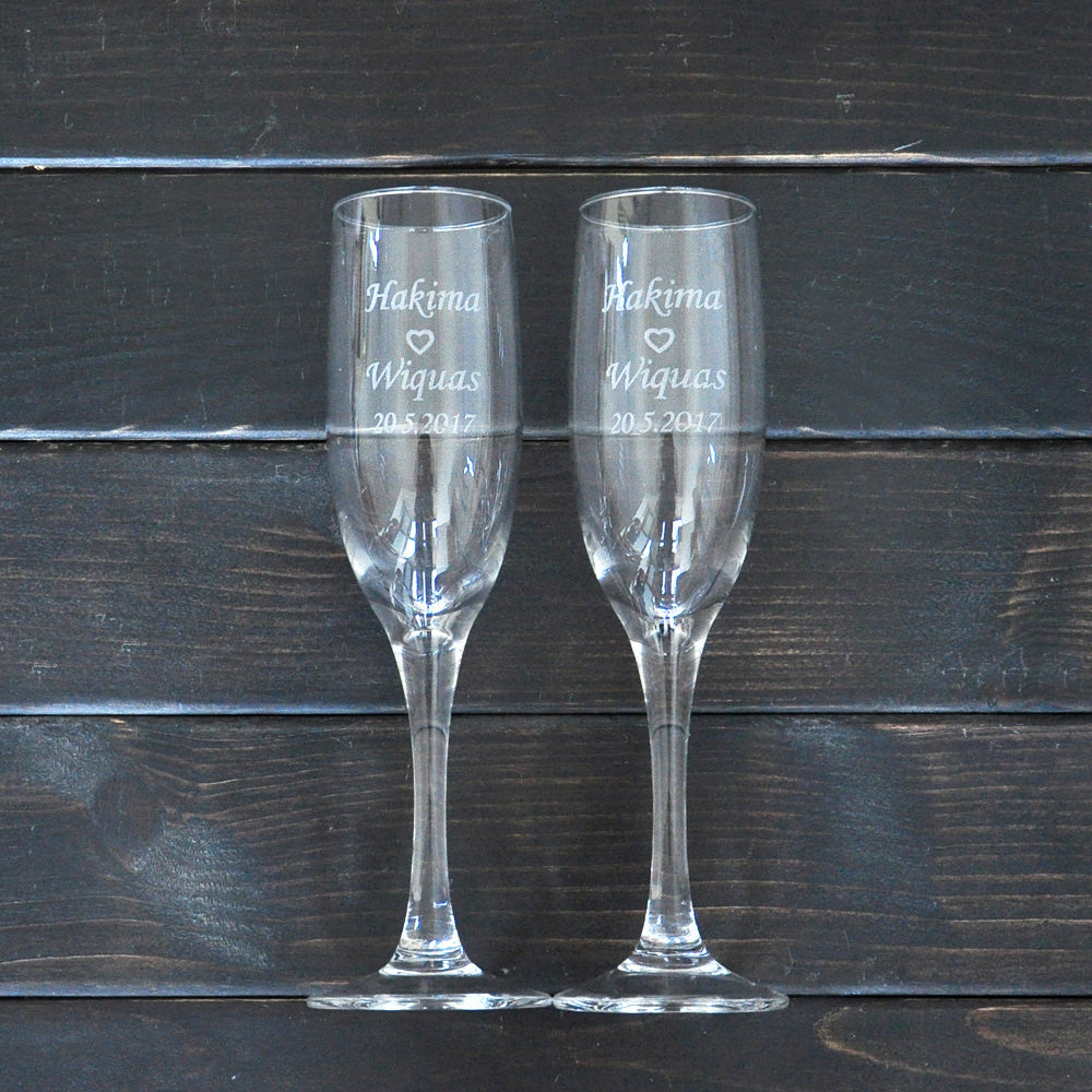 Personalized Toasting Glasses Set of 2 Bride and Groom Wedding Champagne Glasses