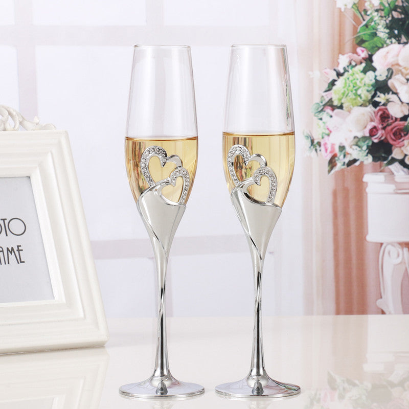 2 PCS / Set Wedding Toasting Champagne Flute Crystal Glasses With Heart And Diamond Details