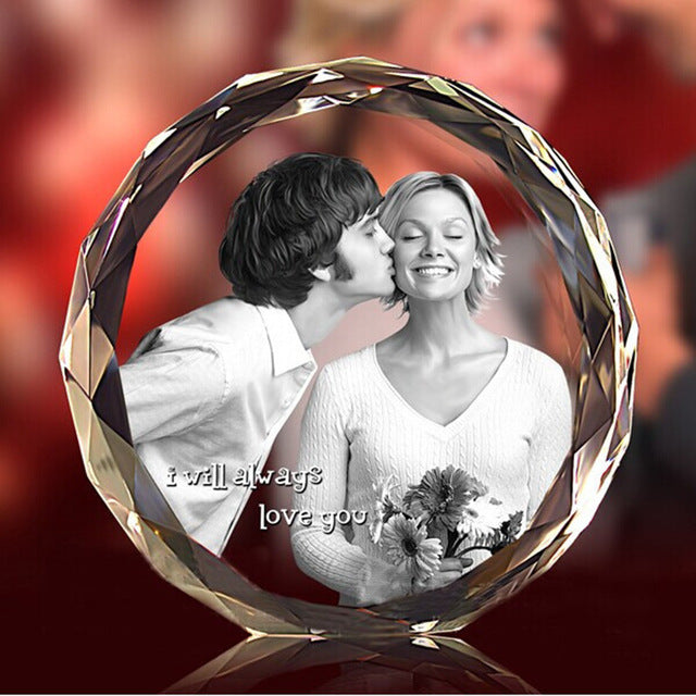 3D Laser Engraved Round Crystal Photo Frame