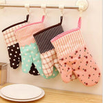Cute Kitchen Cooking Microwave Oven Mitt Insulated Non-slip Glove Thickening High Temperature Oven Glove C0