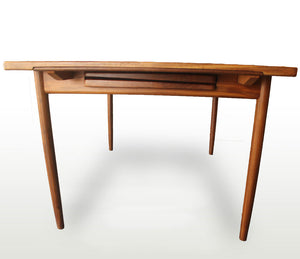 Larsen Extendable Dining Table