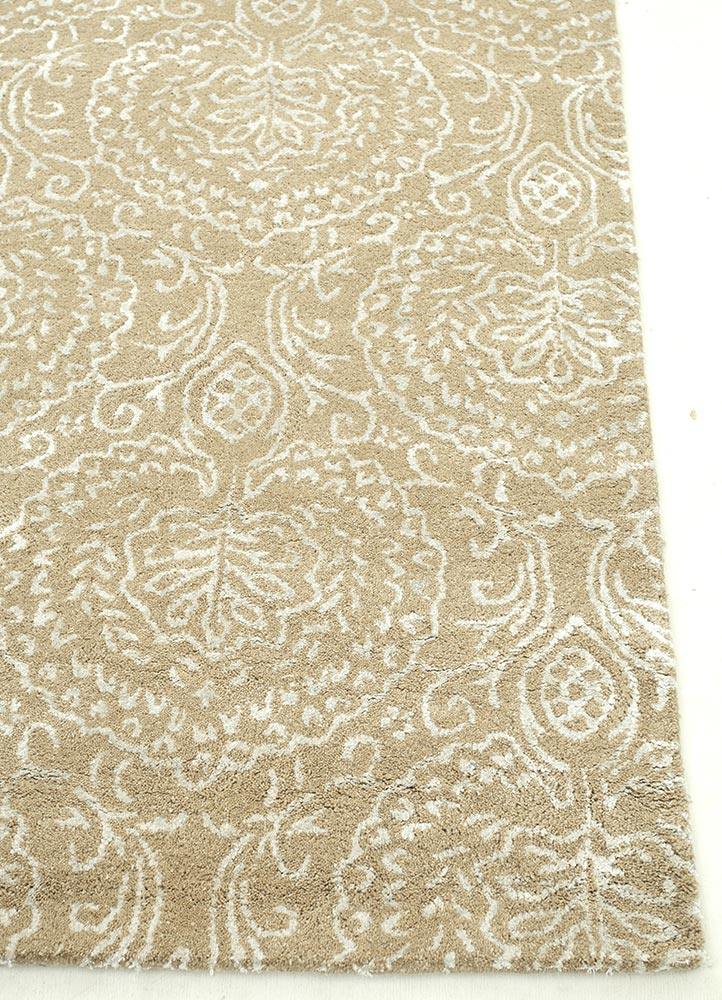 Tuf Viscose Mix - Soft Beige / Antique White - Repro Furniture
