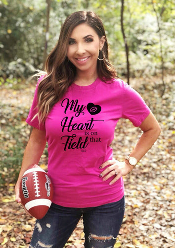 MY HEART IS ON THAT FIELD -  Short-Sleeve T-Shirt