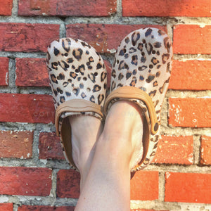 Women's Leopard Clogs