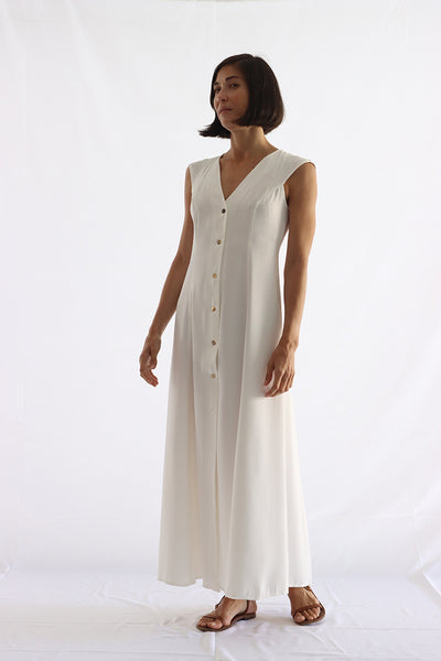 fullness dress with front buttons