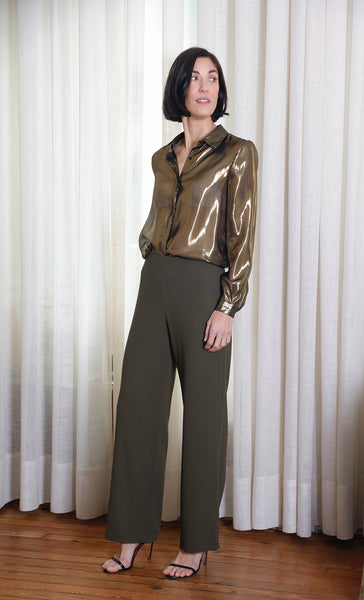 masculine shape golden shirt