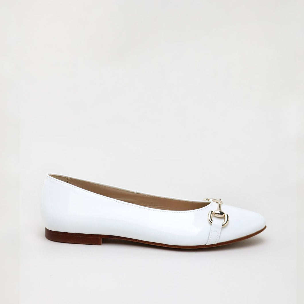 Papanatas White Patent Buckle Pointed Flat