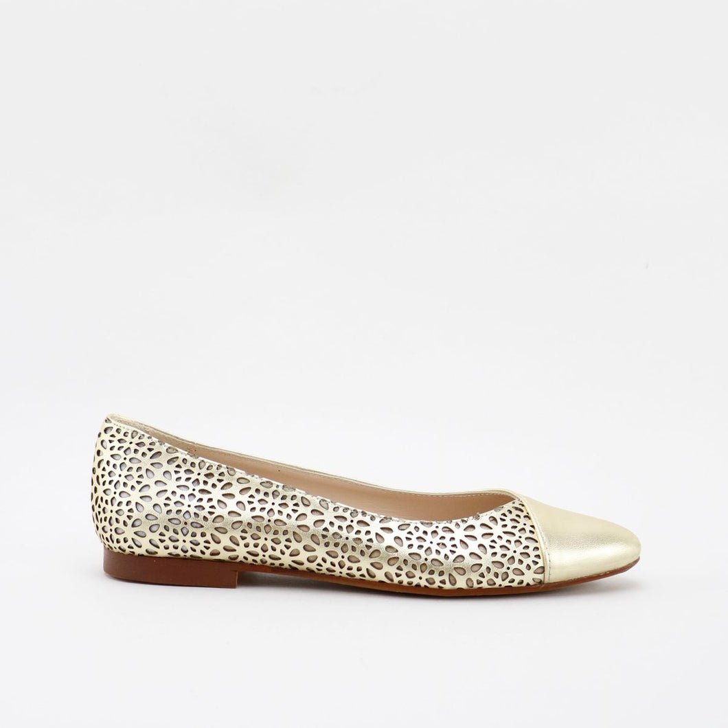 Papanatas Metallic Pointed Flat