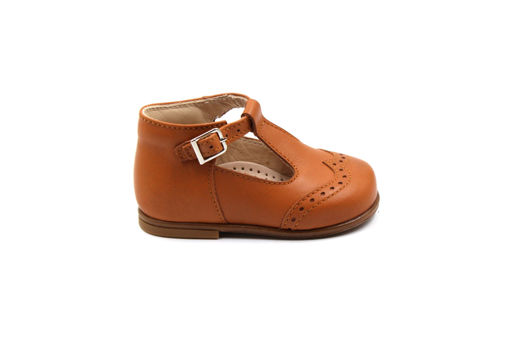 Beberlis Camel Wingtip Baby Booties with T-Strap