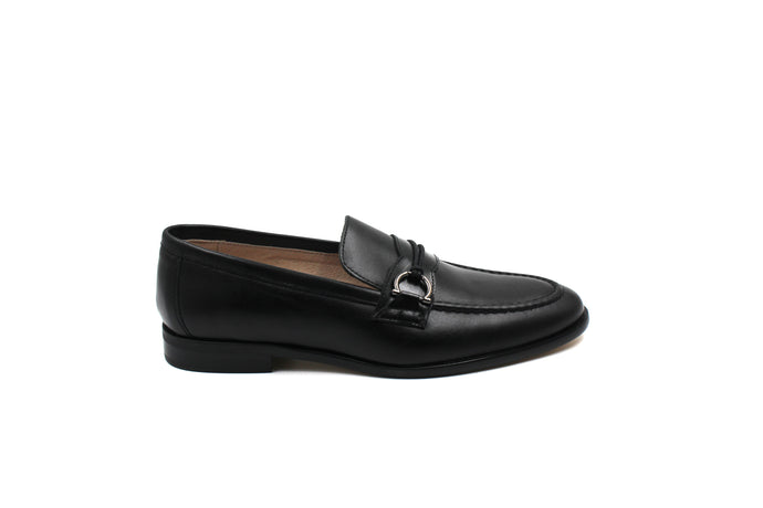 Hoo Black Side Buckle Loafer