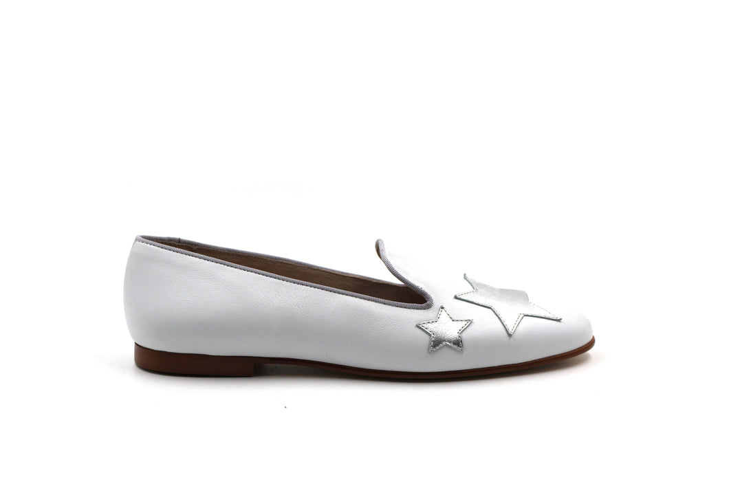 Hoo White and Silver Star Flat