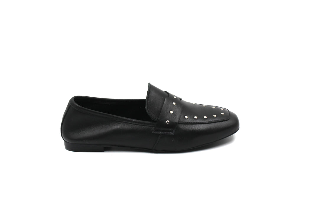 LMDI Studded Loafer