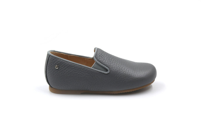 Manuela De Juan Light Gray Smoking Shoe