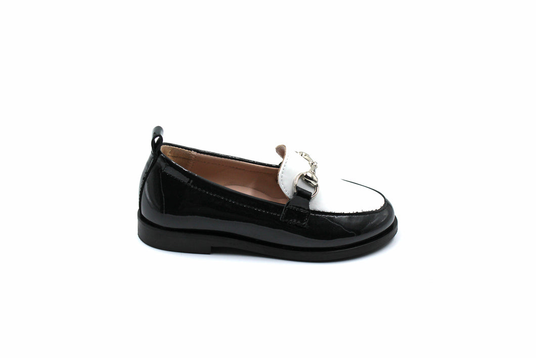 Beberlis Black and White Patent Loafers