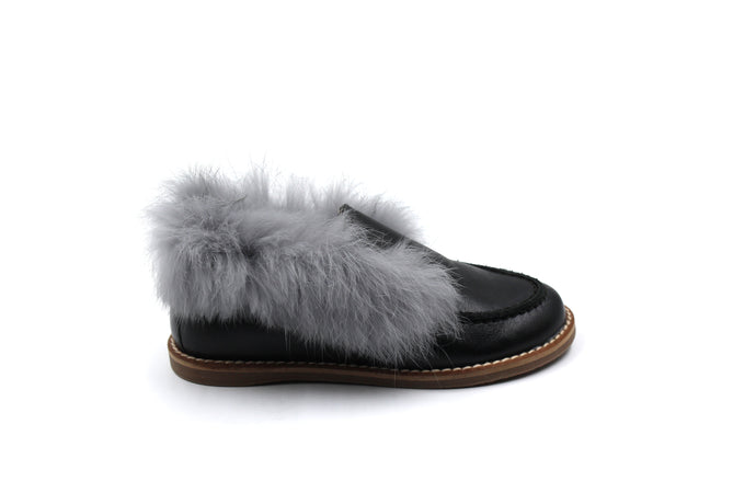 Hoo Black Gray Fur Shoe