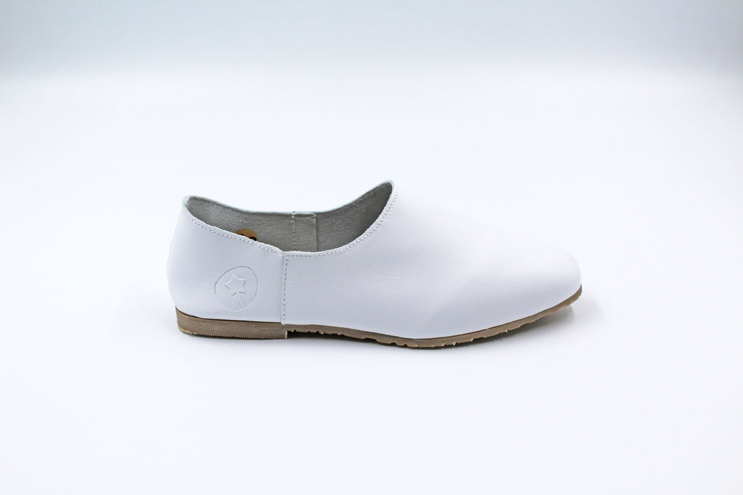 LMDI White Kids Dress Shoe