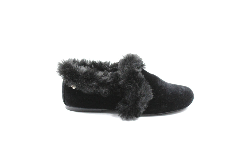 Manuela De Juan Black Velvet Fur Caliope Girls Dress Shoe