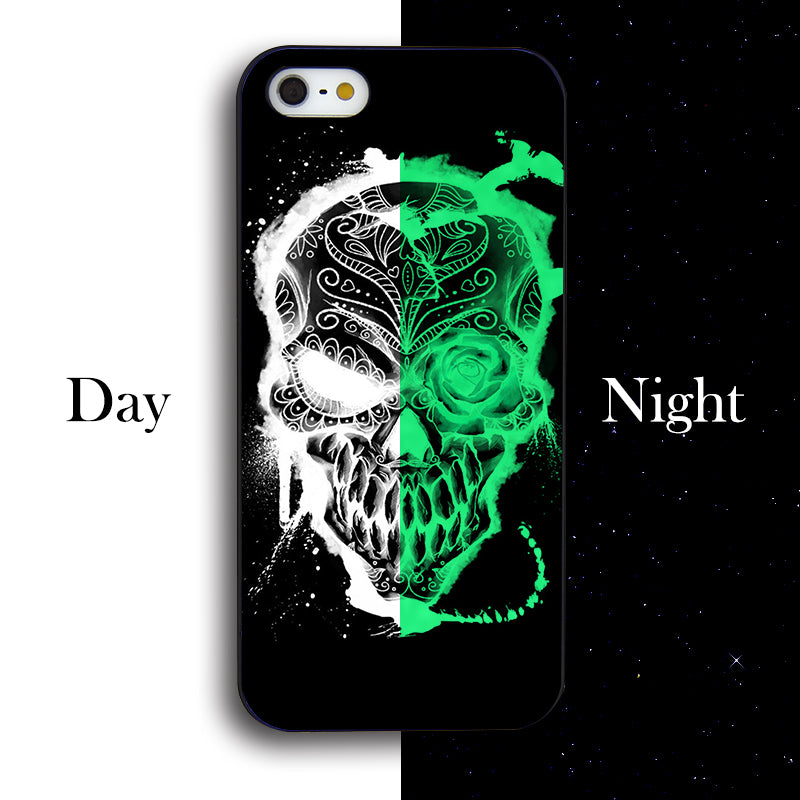 FLOWERS CRYSTAL SKULL PHONE CASE