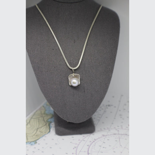 CASTINE COLLECTION - SQUARE NECKLACE