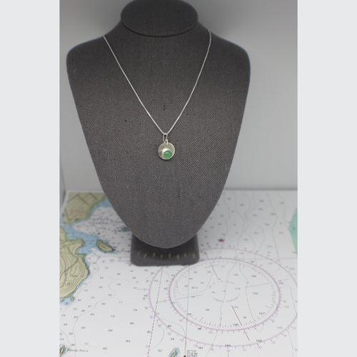 OWLS HEAD - DOT NECKLACE
