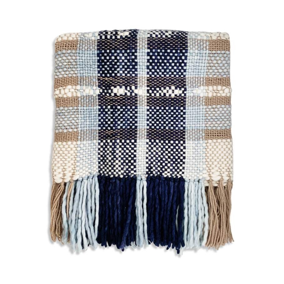 Tierra Plaid Throw