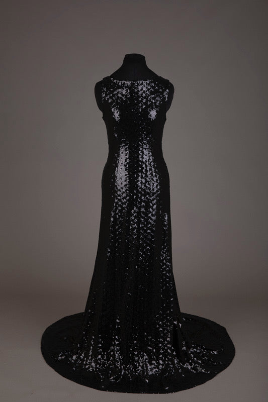 Black fully-sequinned evening dress (M-L)