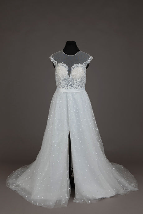 Ivory embroidered wedding dress (L)