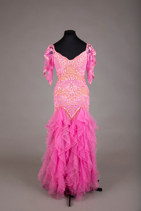 Pink beaded ruffle evening dress (S-M)