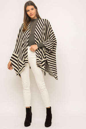 Multi directional stripe open pocho