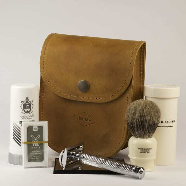 Leather traveler shaving kit Dark - Luxury solution for shaving while traveling, fits all that you need for comfortable shave