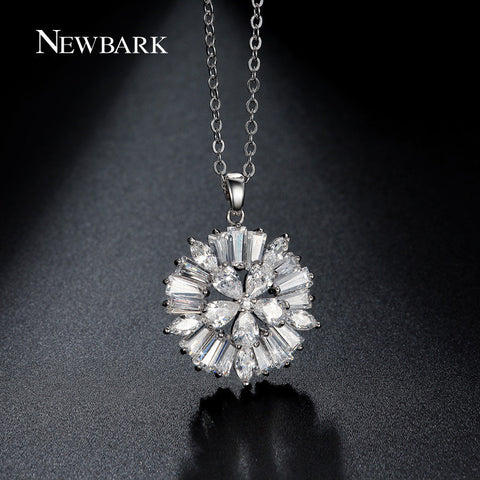 Snowflake Floral Design Pendant Necklaces Pave With Zirconia Diamond Twist Link Chain Silver