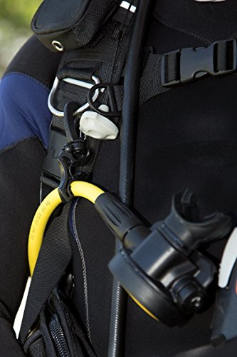 Hose Mate Retaining Clip for Scuba Diving (MSRP $9) - Scuba Essentials by DiveCatalog