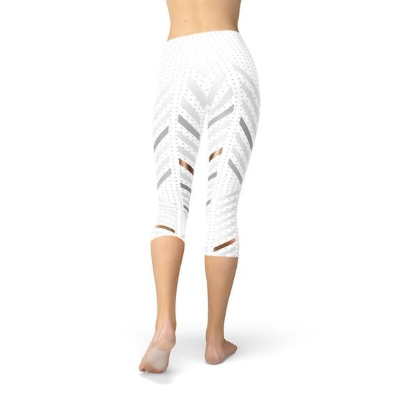 Yoga Womens White Stripes Capri Leggings - CuartoAstral