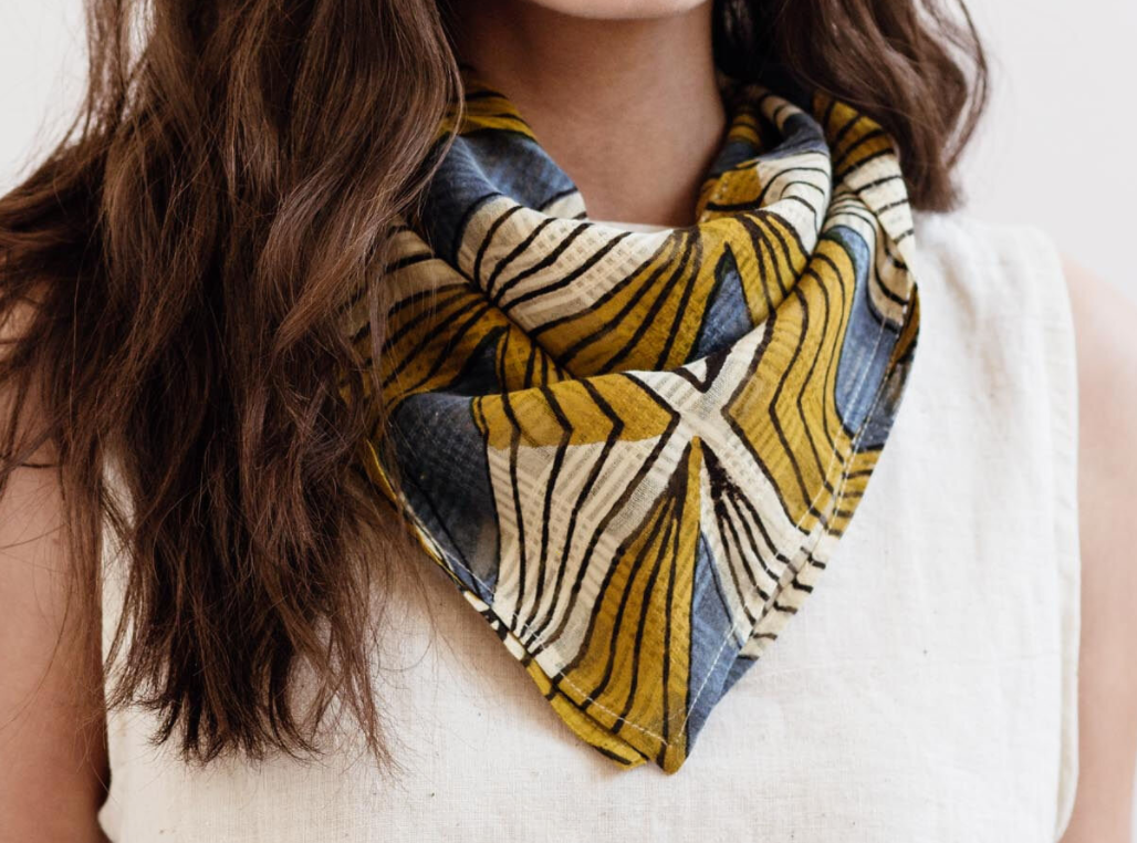 Maelu square scarf - print or solid