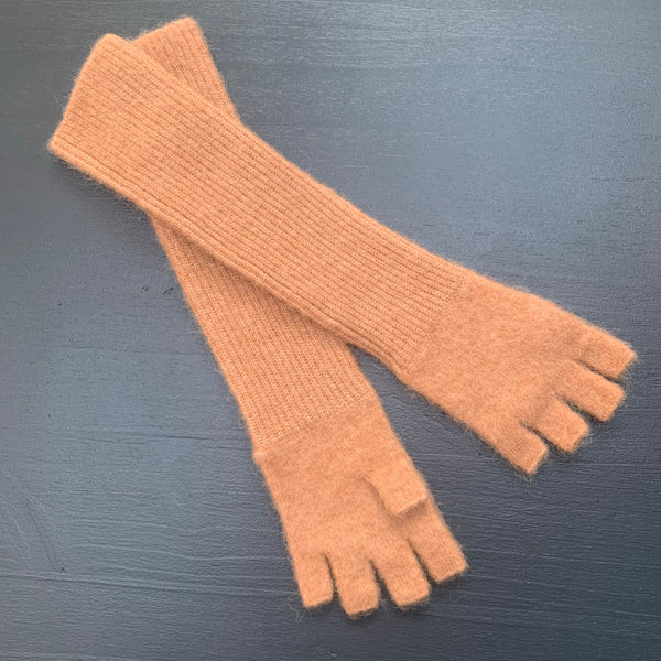 Humanoid BERKHE knitted fingerless gloves Camel