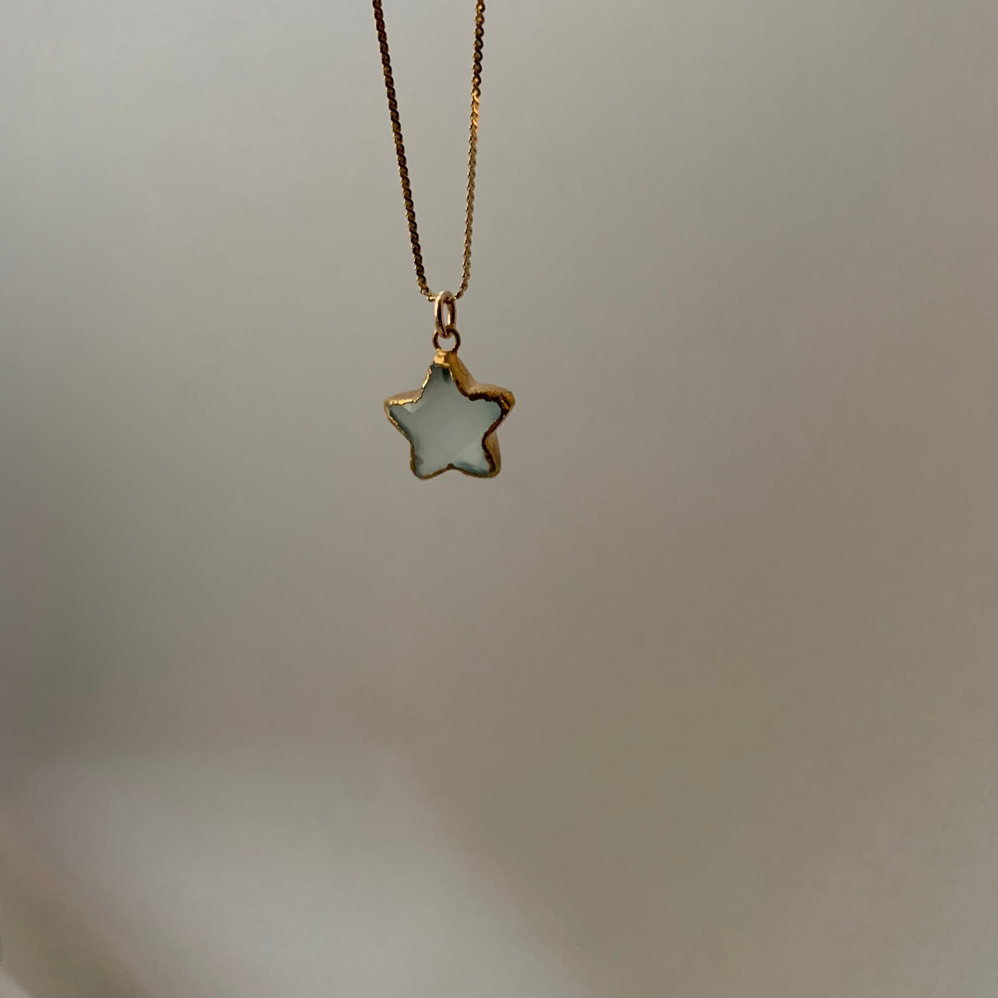 Stone Cooper Faceted star vintage chain necklace