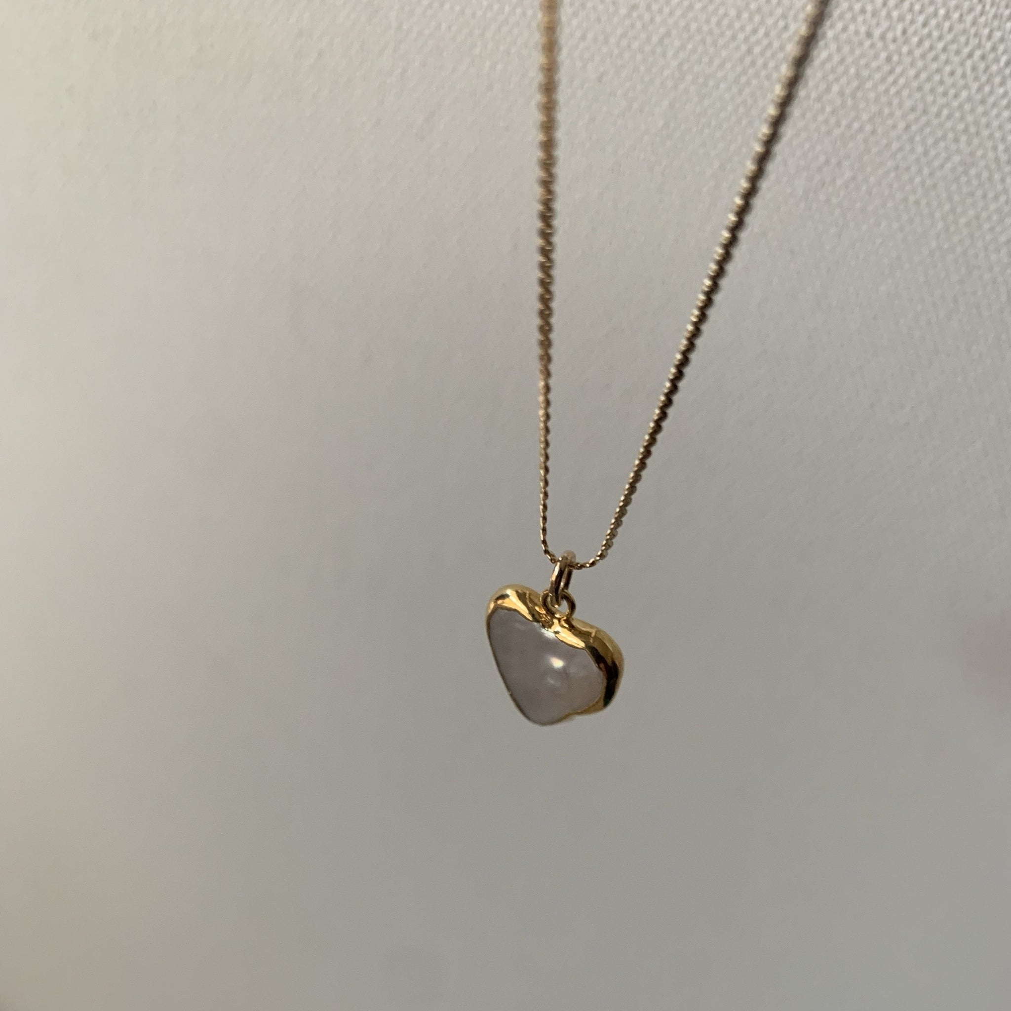 Stone Cooper Pearl heart necklace