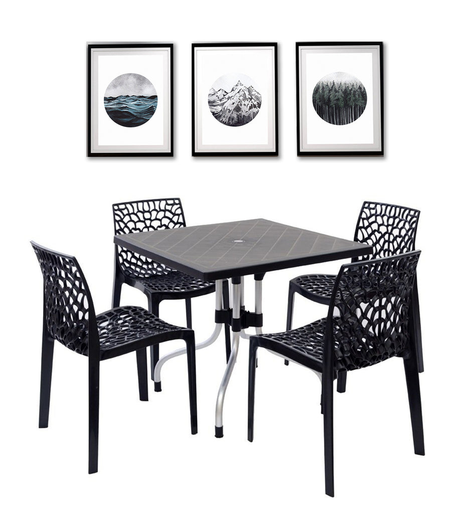 Supreme Olive Table with 4 Choice Spider Chairs