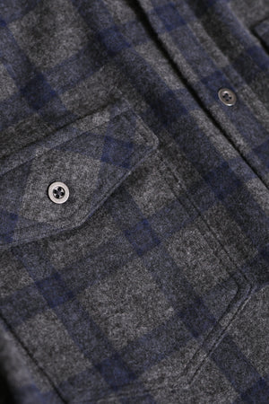 Long Sleeve Button-Down Flannel Knit Shirt _ Grey